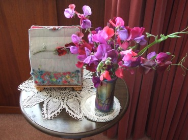 Beautiful sweet peas with the box designed and made last session by one of Calicostitch's Dundee students.